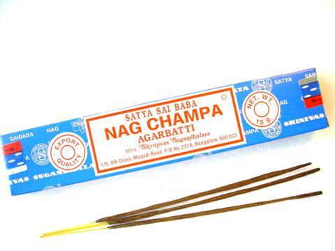 encens nag champa 15 gr , équilibre les énergies , aide à la relaxation , zen et au développement , aide à la voyance , divination , utilisé par de nombreux voyants , médiums , magnétiseurs