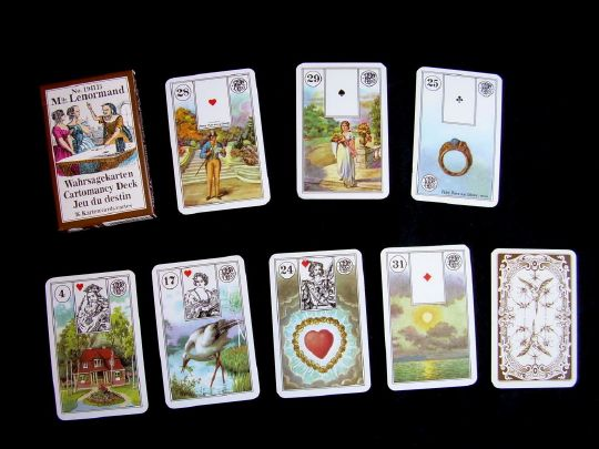 Oracle le Petit Mlle Lenormand, draw the 